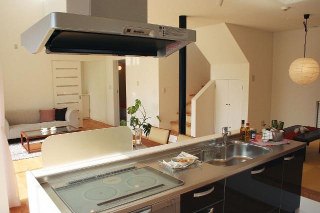 快適な住まいを実現するために把握しておきたい「キッチンの種類」